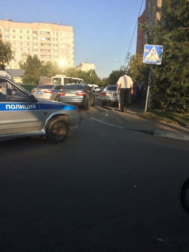 Несколько человек пострадали в ДТП с участием маршрутки в Домодедово, фото-3